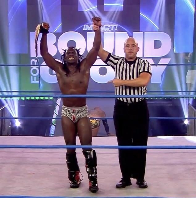 Rich Swann nuevo Campeón Mundial de Impact