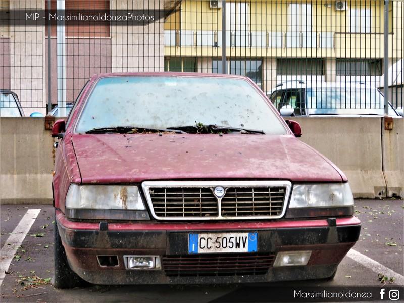 Auto Abbandonate - Pagina 10 Lancia-Thema-8-32-2-9-205cv-90-CC505-WV-1
