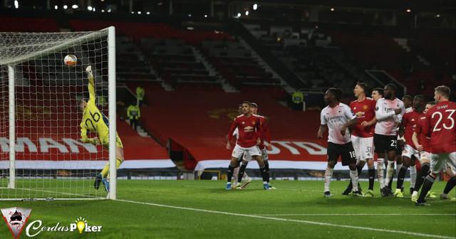 Mulai Pelatih sampai Legenda Kompak Kritik Kiper Manchester United
