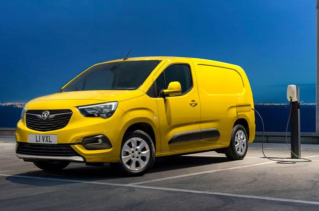 2018 - [Peugeot/Citroën/Opel] Rifter/Berlingo/Combo [K9] - Page 9 E861482-B-9-F75-4-F9-C-9-D39-8291-C1378135