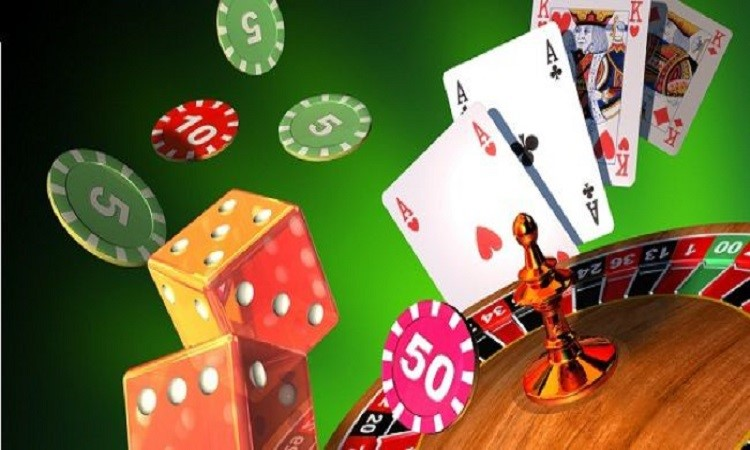 Why Should You Play at Online casino?