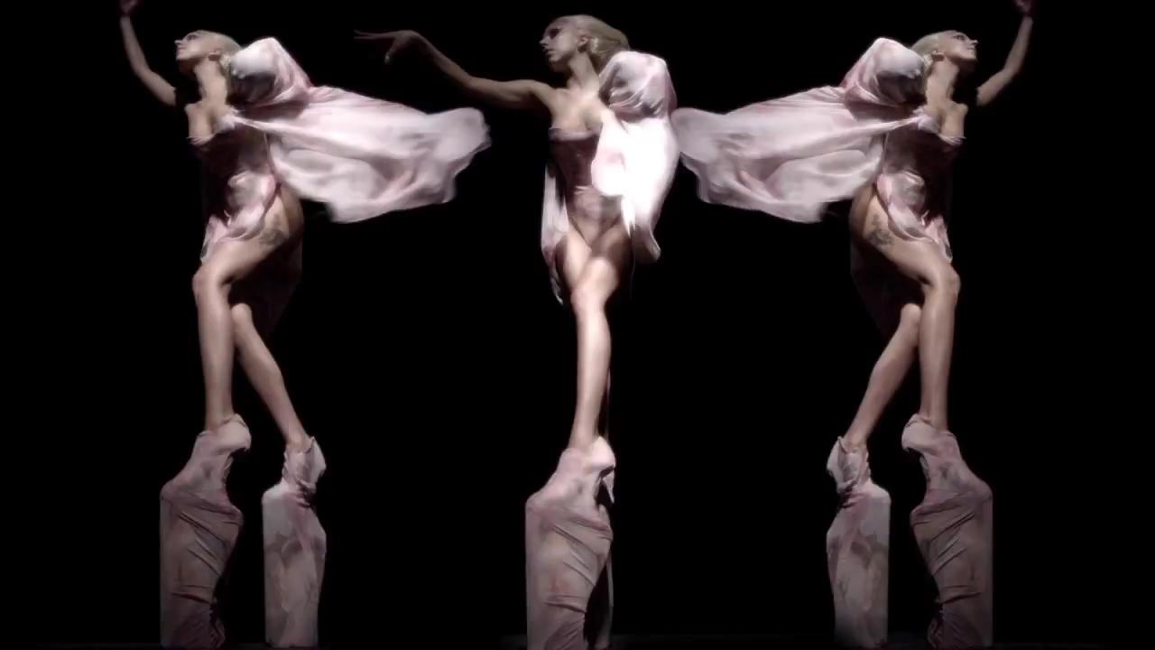 2011-Sep-13-VIVA-Glam-Masterpiece-2.jpg