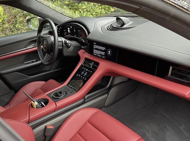 2020 - [Porsche] Taycan Sport Turismo - Page 3 9-E6-DFDE2-07-E9-4-DA5-9-A0-F-3-FA7-F2-B9958-C
