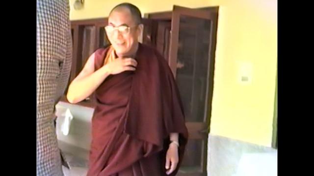 The-Dalai-Lama-Scientist-2019-1080p-WEBRip-x265-RARBG-mp4-snapshot-00-12-09-2021-05-07-17-57-45