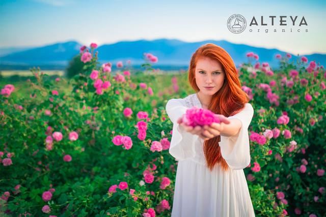 Alteya-Organics-Rose-Oils