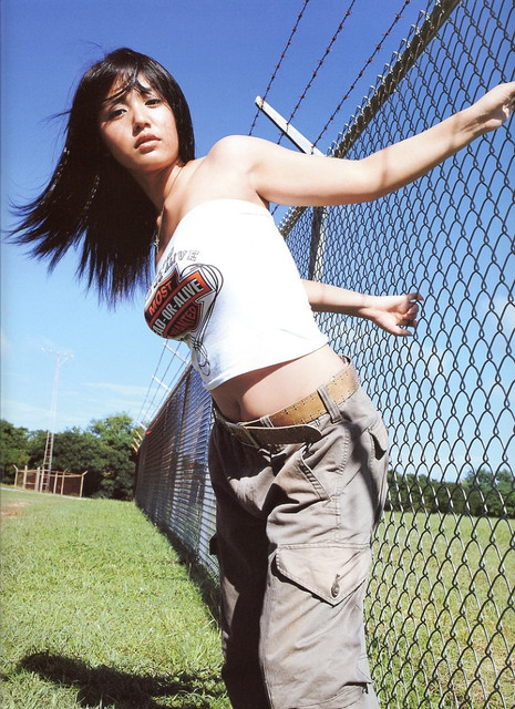 Isoyama-Sayaka-Isoyamania-024
