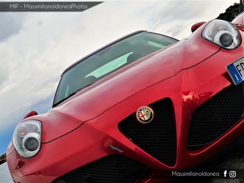 Avvistamenti auto rare non ancora d'epoca - Pagina 19 Alfa-Romeo-4-C-TBi-1750-241cv-16-FD248-YK-2-Copia