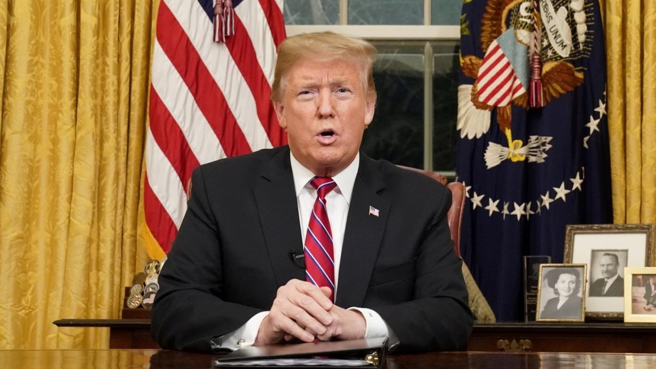 Donald Trump volvió a reclamar a los demócratas el dinero para el muro con México