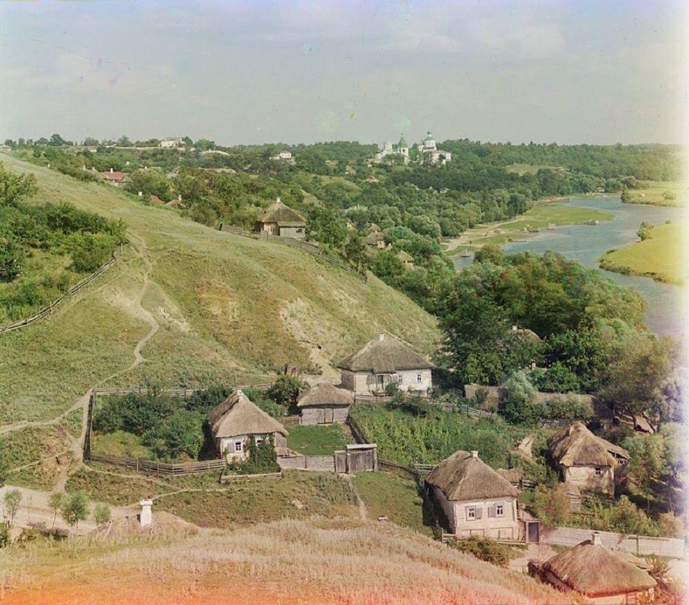 Ukrainian village, 1904.