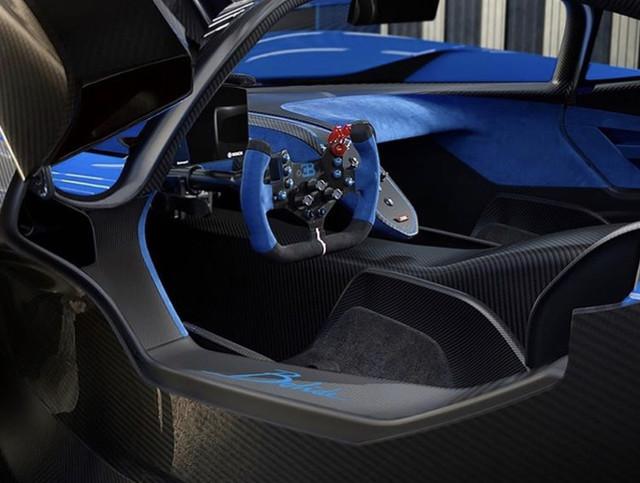 2020 - [Bugatti] Chiron Pur Sport - Page 3 2-FD5-A622-F0-C1-4-A05-9-DA7-00-BE7-B5-DE834