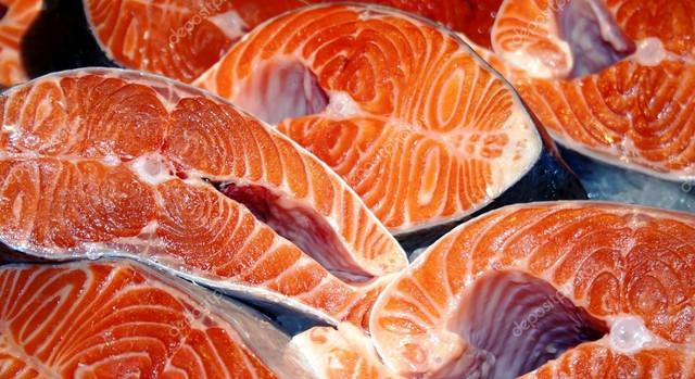 depositphotos-15337847-stock-photo-salmon-fish-sliced