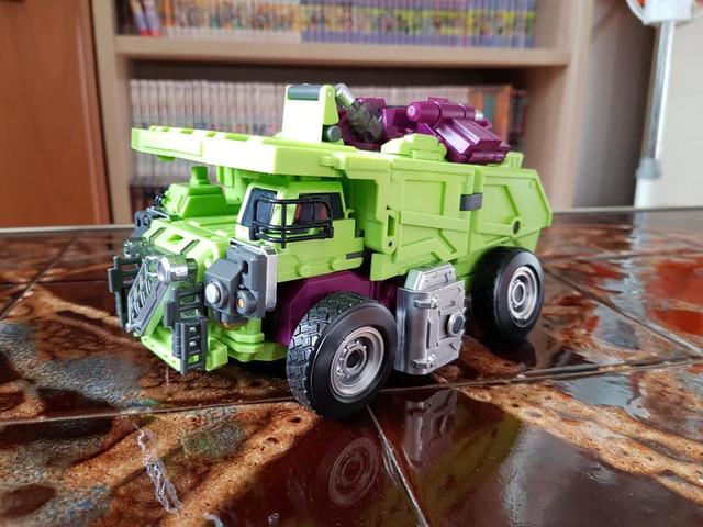 Long-Haul-Vehicle-Front