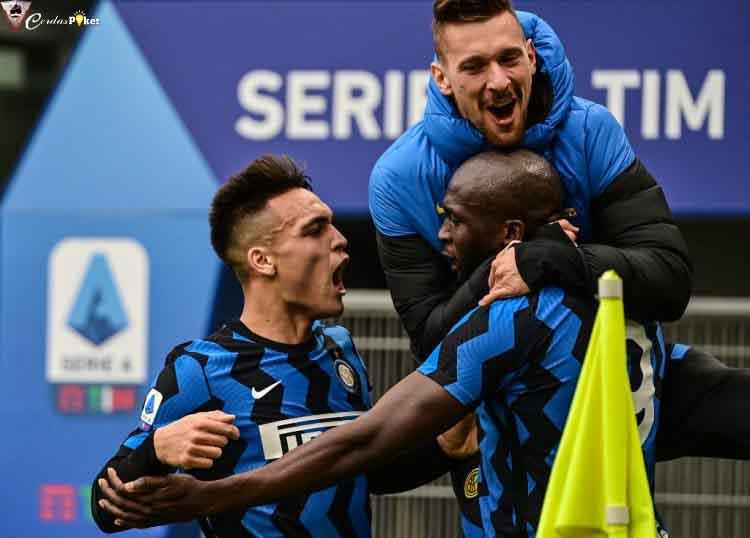 Bermain Luar Biasa Dominan, Inter Bantai Milan 3-0, Kukuh di Puncak