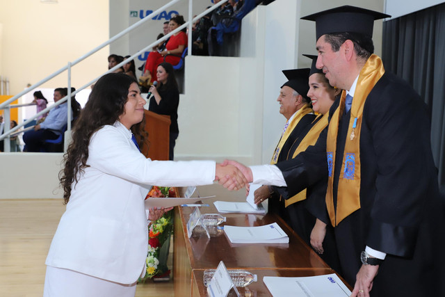 Graduacio-n-Medicina-113