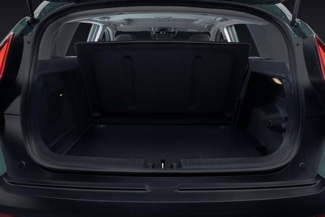 Hyundai-Bayon-Studio-Muenchen-Nov-Trunk-01