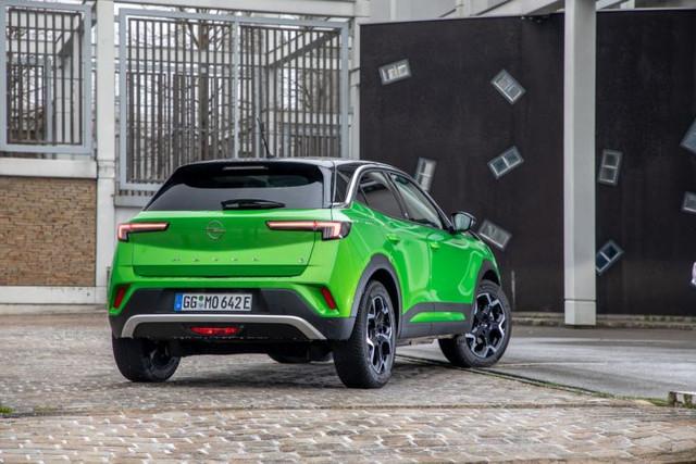 2020 - [Opel] Mokka II [P2QO] - Page 11 3-E6-BAF21-100-A-42-EB-84-C6-EE0-B8-F8-E15-F5