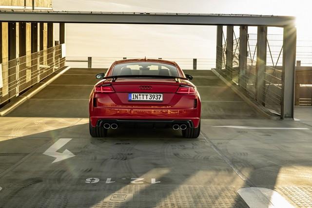 Accent sportif : l'Audi TTS competition plus A208493-medium