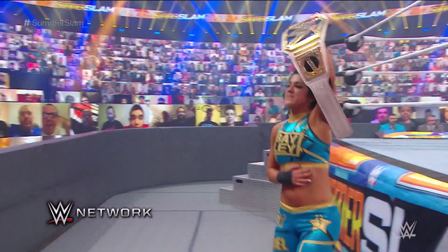 Bayley vence a Asuka en SummerSlam
