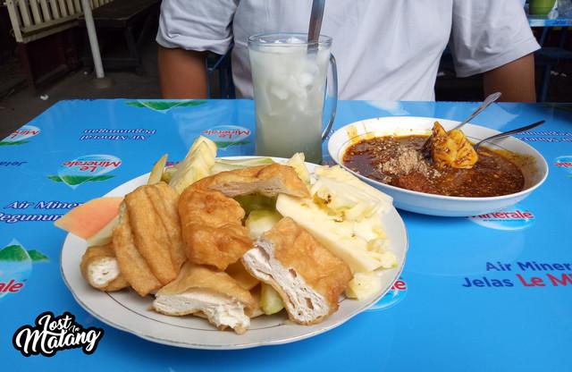 Rujak Manis Semeru, Kuliner Legendaris Kota Malang