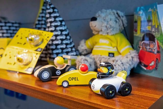 Achats en ligne : les cadeaux de Noël de la boutique Opel 04-Opel-513823