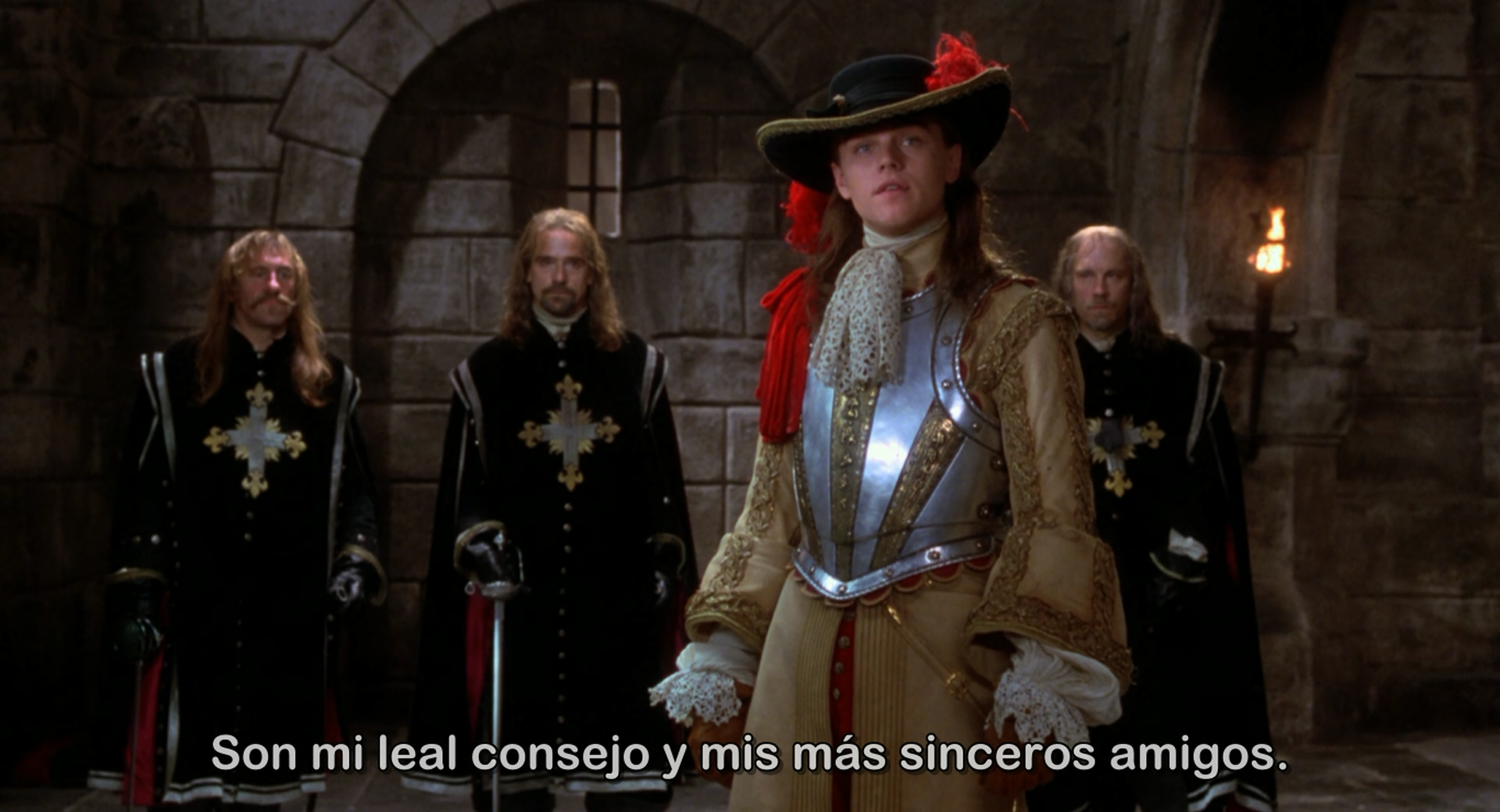 El Hombre De La Máscara De Hierro (1998) + Extras x265