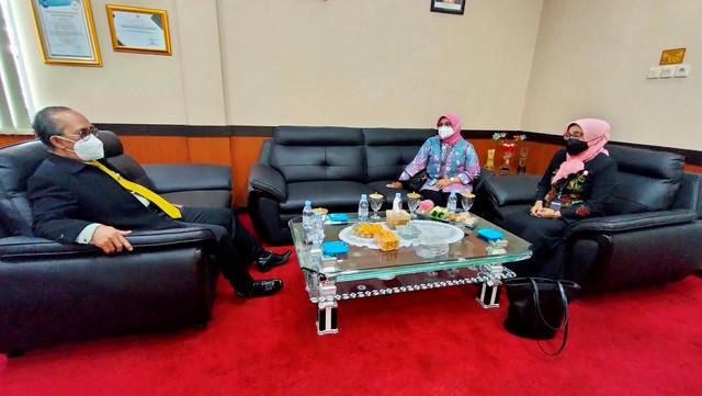 Kunjungan Direktur Pembinaan Administrasi Peradilan Agama di Pengadilan Tinggi Agama Surabaya