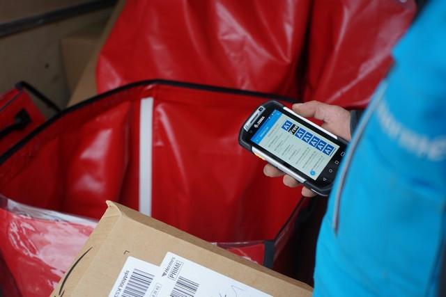 Des assistants numériques aident les livreurs à organiser l'espace de chargement du fourgon DSC01207p