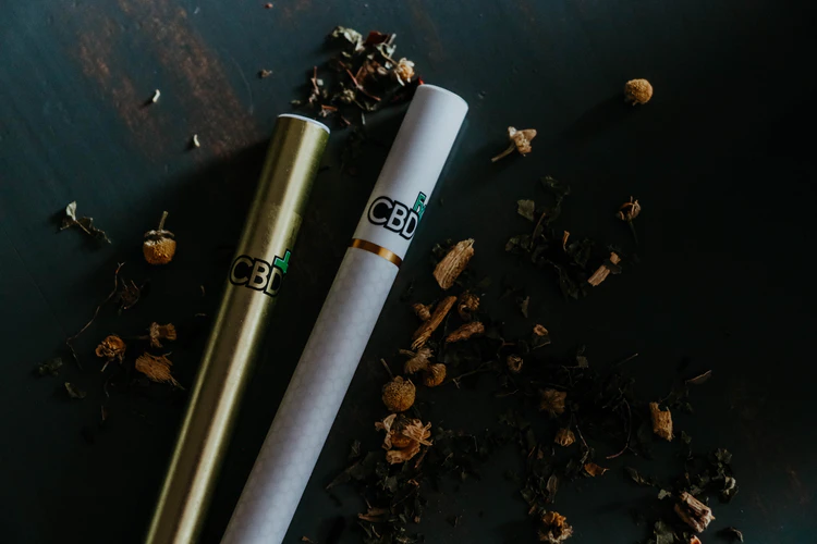 Vaping CBD: Vape Pens and Oils for Pain, Depression, and Anxiety