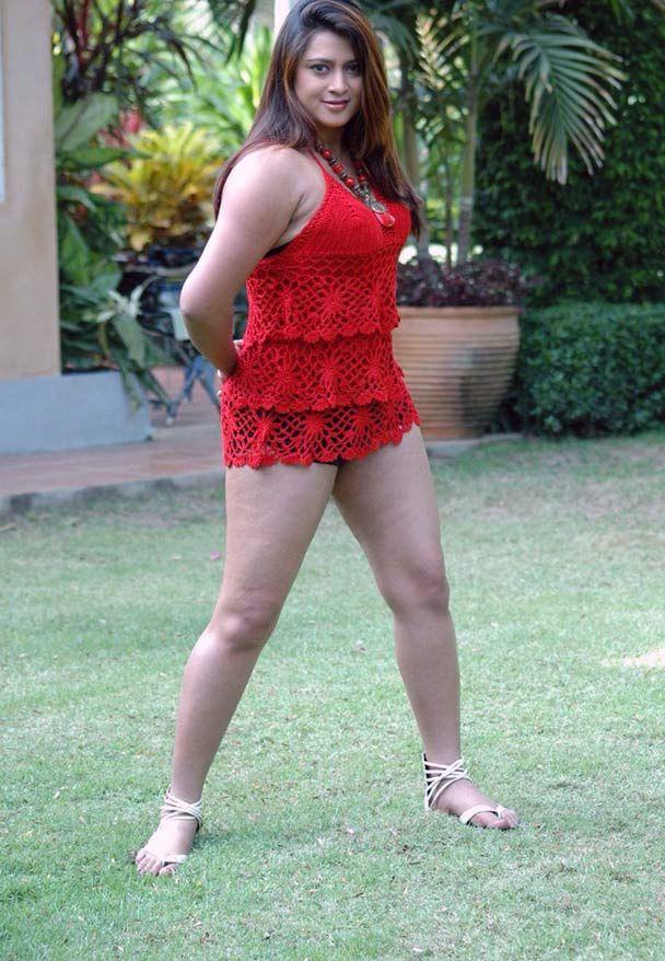 indian-actress-skirts-hot-photos15.jpg