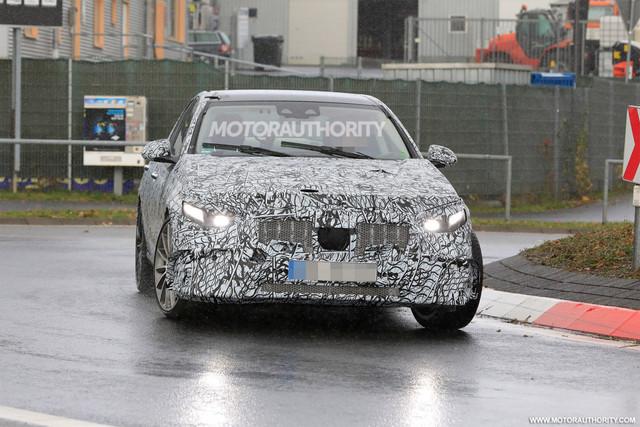 2020 - [Mercedes-Benz] Classe C [W206] - Page 7 1-AAAEB85-5-DFE-420-B-8-BE6-EF840975-CE2-B