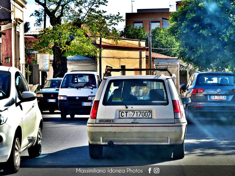avvistamenti auto storiche - Pagina 39 Renault-Supercinque-GT-Turbo-1-4-116cv-86-CT717007-2