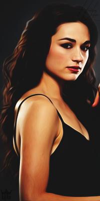 Crystal Reed 11