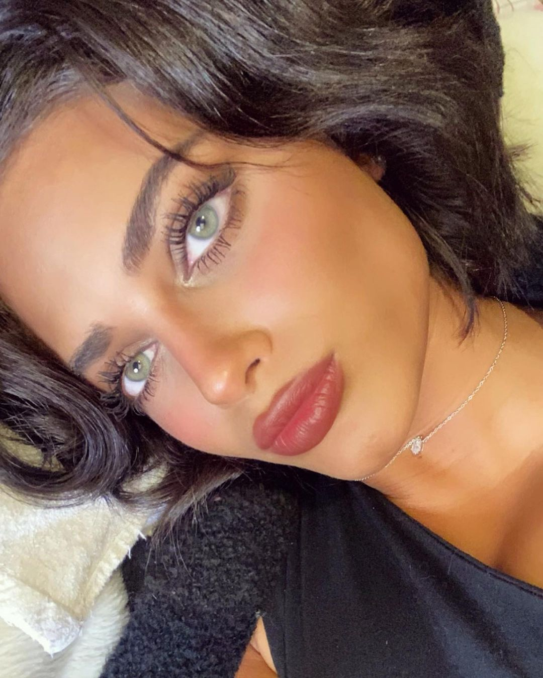 Hiba-Youssef-Wallpapers-Insta-Fit-Bio-4