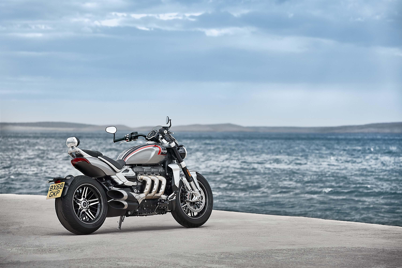 2020-Triumph-Rocket-3-GT-45