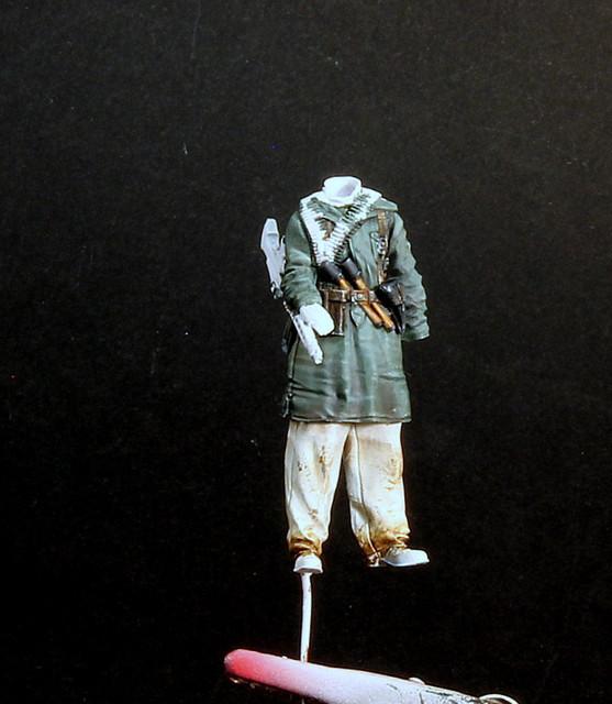 Le soldat oublié. (Fig Panzer Art 1/35) TERMINE IMG-3415