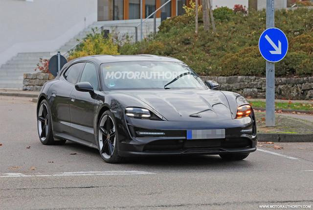 2020 - [Porsche] Taycan Sport Turismo - Page 3 E51-C1-CB6-2-B77-4862-8-E71-0-BCB2612-A33-D