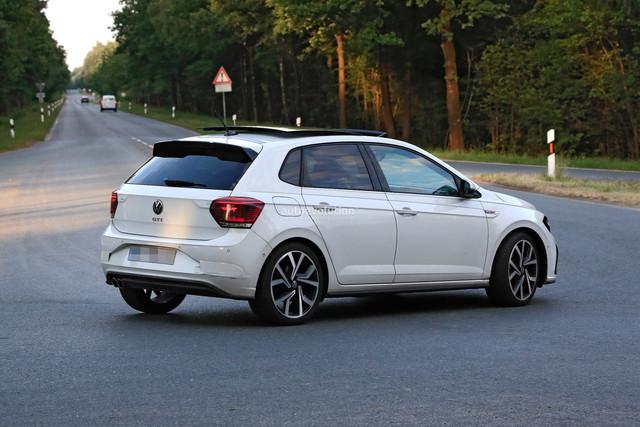 2021 - [Volkswagen] Polo VI Restylée  - Page 8 7-E083-A61-A209-4681-ADF7-ADA0-E89-EC534