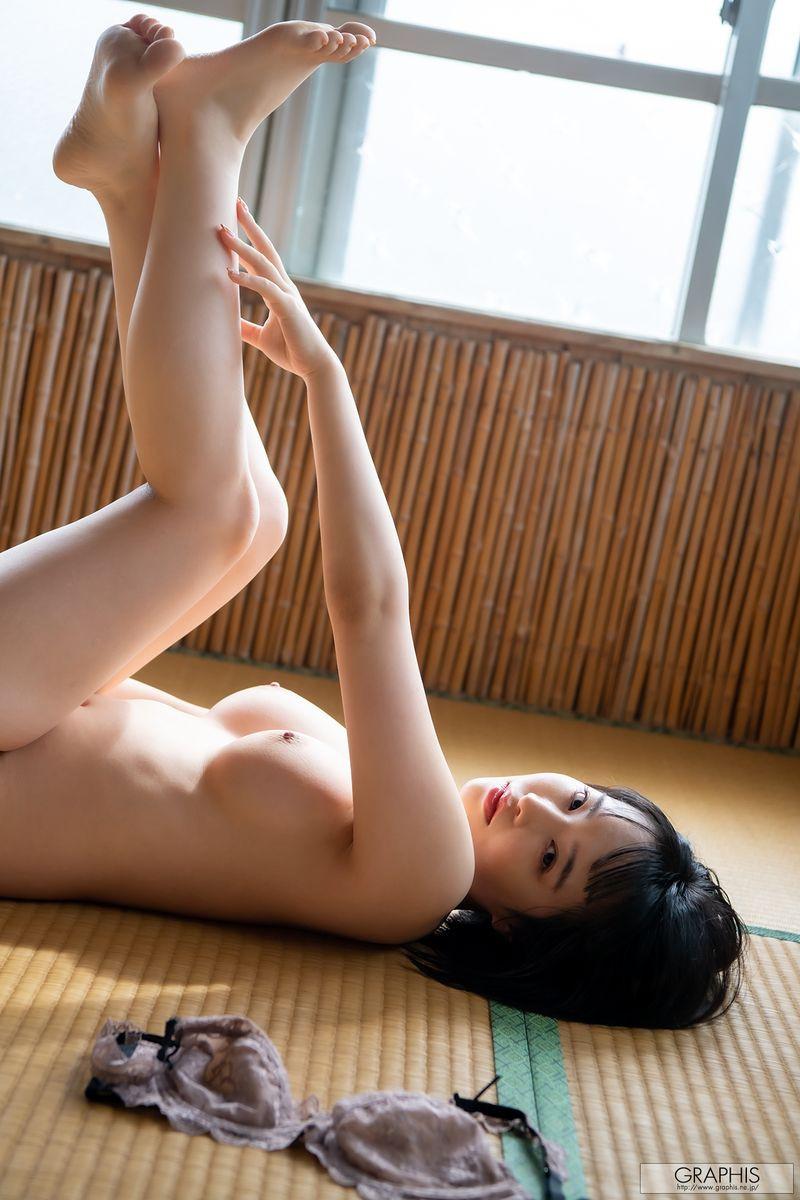 gra-tsubaki-s2-052