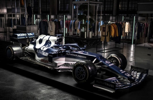 F1 2021 : La Scuderia AlphaTauri a présenté sa nouvelle Formule 1, baptisée AT02 2021-launch-gallery16-scuderia-alphatauri