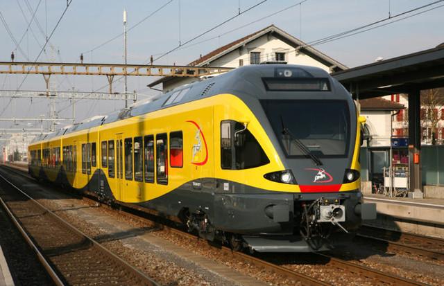 treno-ferrovia-bari-nord-e1457522243594-696x449