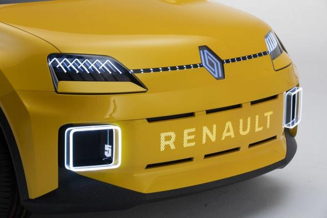 2021 - [Renault] 5 E-Tech - Page 7 5-E1770-E0-CDD7-451-B-B0-C5-B1-BD78-A0-A96-B