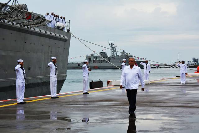 Dia-de-la-Marina-1-jun-19-Veracruz-AMLO