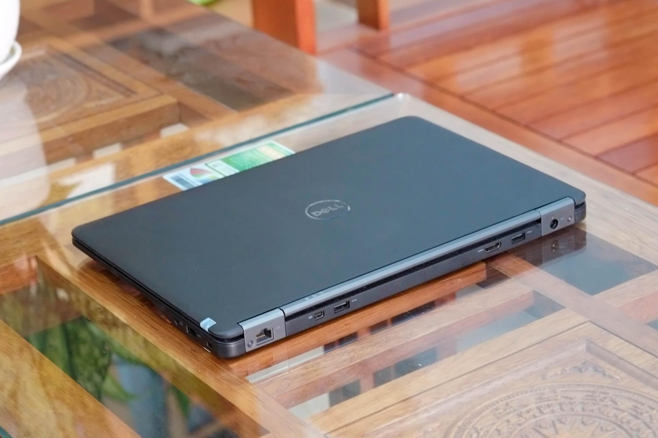 Dell Latitude 7450 i7 5600u / 8GB / 256GB / 14-inch FHD / New 98%