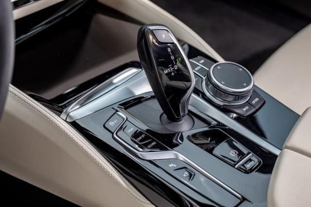 2020 - [BMW] Série 5 restylée [G30] - Page 11 5-E75-DF35-7247-4564-A2-FF-4-F7710-F52983