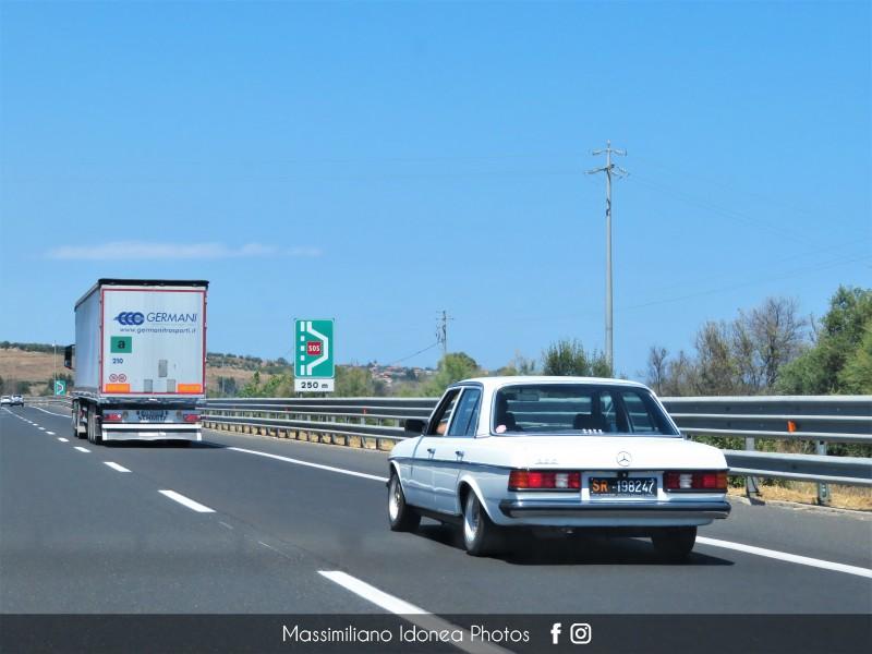 avvistamenti auto storiche - Pagina 33 Mercedes-W123-200-81-SR198247-143-269-19-10-2018