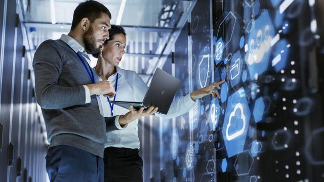 Alasan Anda Membutuhkan Keterampilan Teknologi  Meskipun Anda Tidak Bekerja di Bidang Teknologi