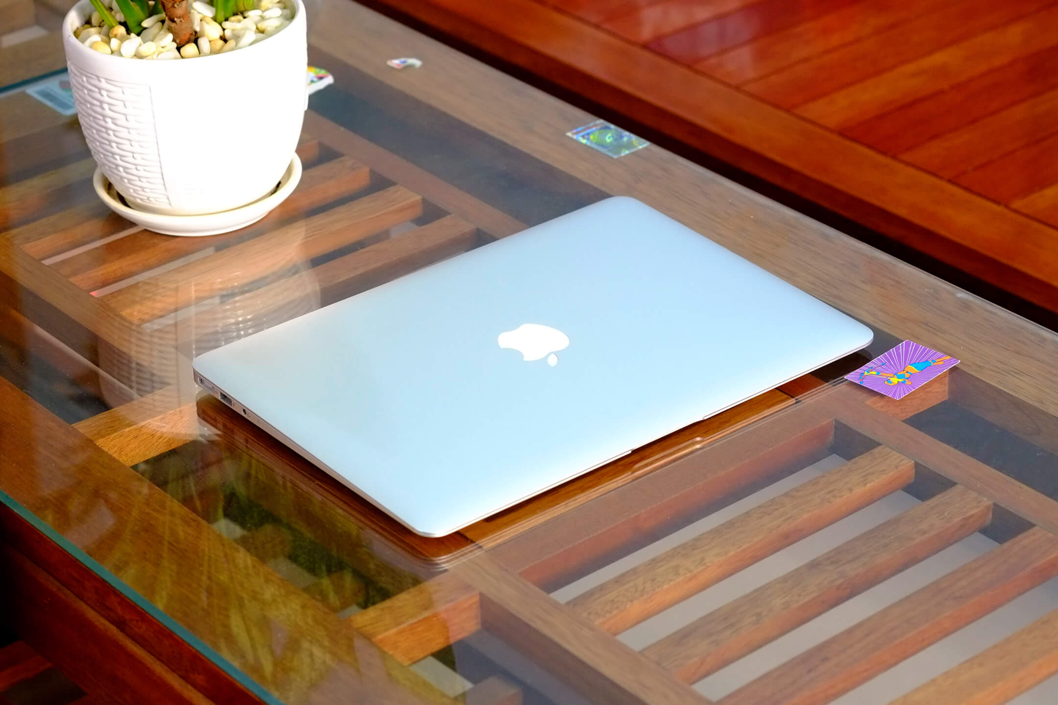 Macbook Air 13-inch 2012 MD232 Option Core i7 / 8GB / 256GB / New 98%