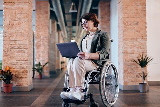 https://i.ibb.co/jRbsfxy/international-wheelchair-aviators.jpg