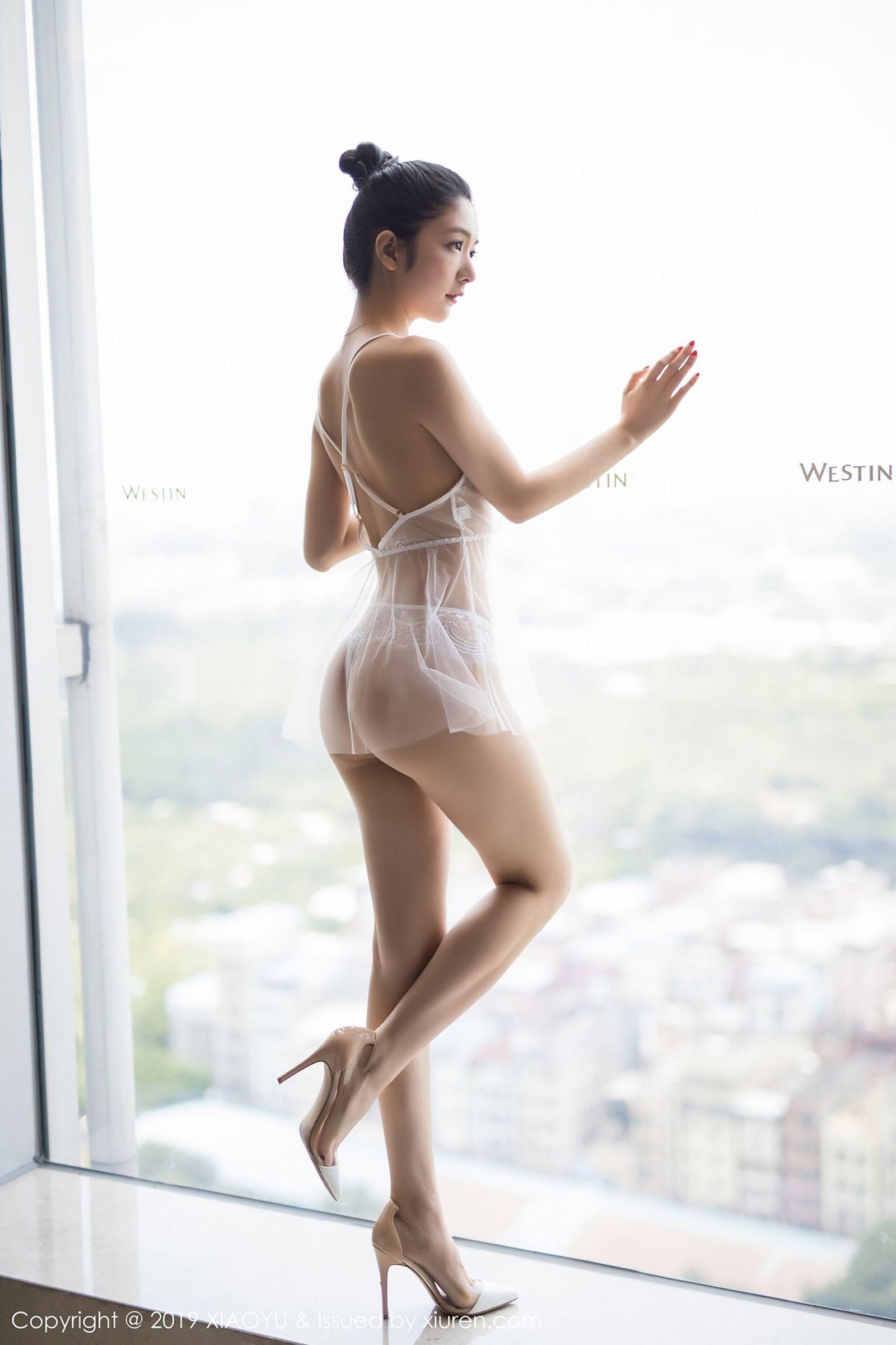 [XIAOYU语画界] Vol.034 女神@Angela喜欢猫丝袜美腿写真
