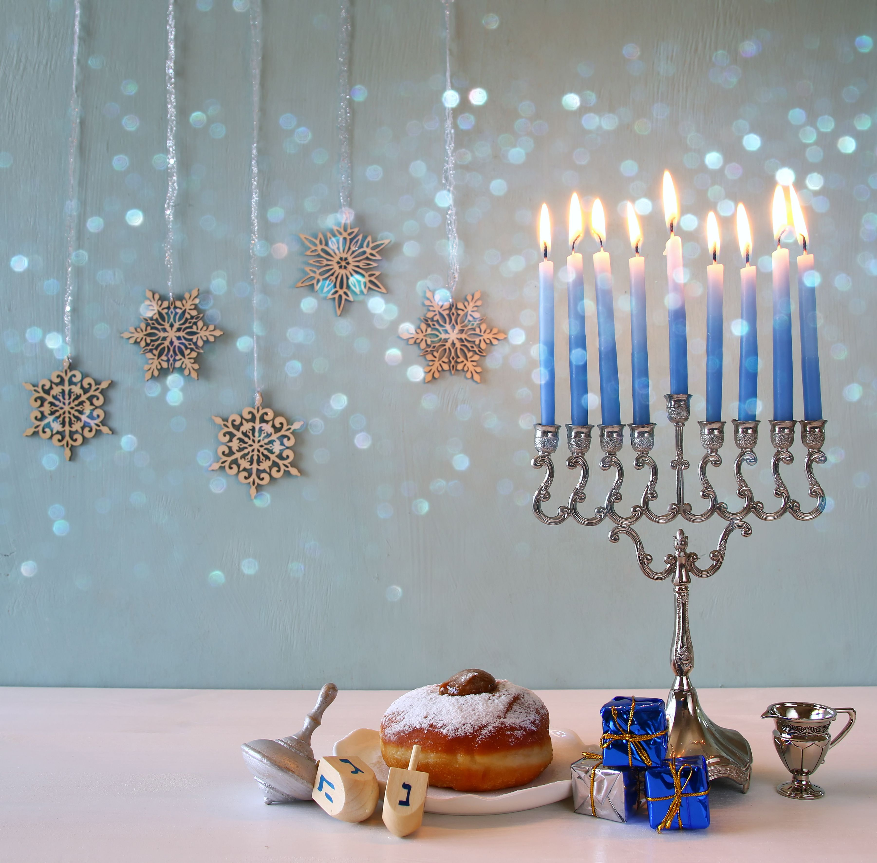 image-of-jewish-holiday-hanukkah
